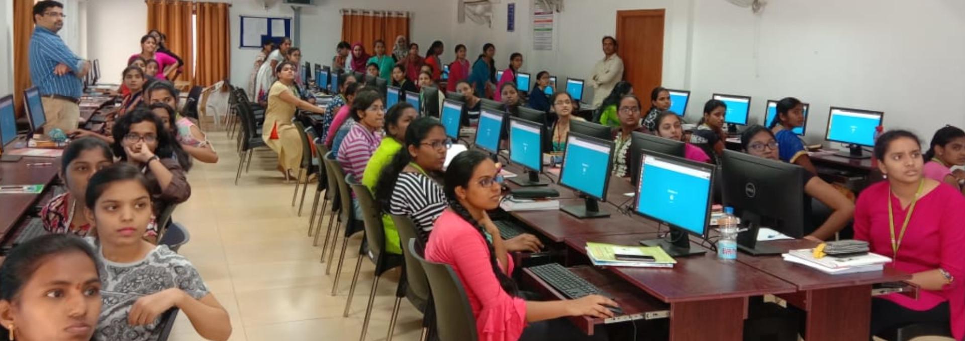 Programming for Problem Solving – Model Classroom